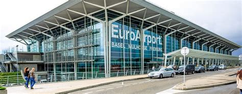 Parking near EuroAirport: find out more about the services
