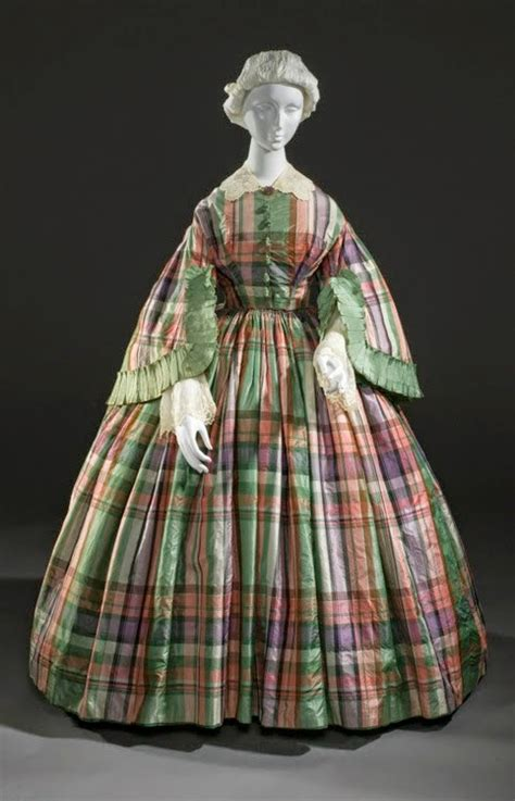 Retro Rack: The 1850s Were All About Plaid,for Sidheag