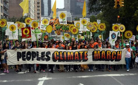 Protesters sound the climate alarm in global marches | Al