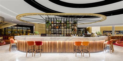 Vibe Hotel Canberra Airport - 50 metres from the airport